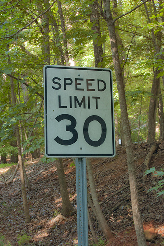 speed limit 30.jpg